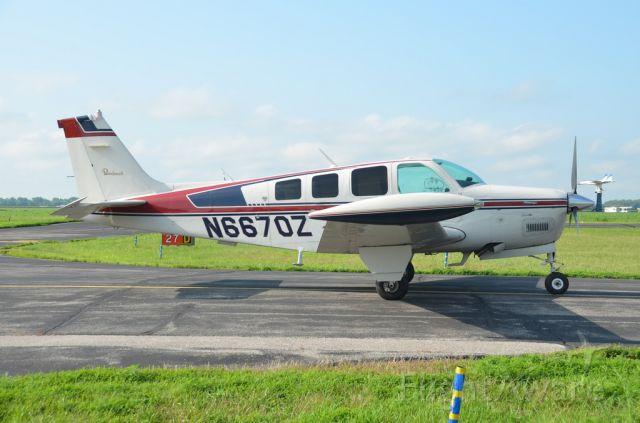 Beechcraft Bonanza (36) (N6670Z)