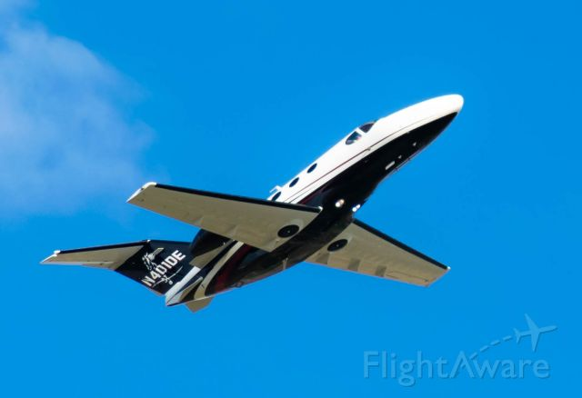 Cessna Citation Mustang (N401DE) - Upwind 21L
