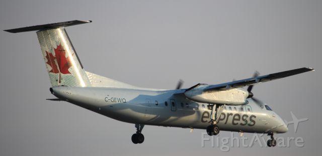 de Havilland Dash 8-100 (C-GEWQ)