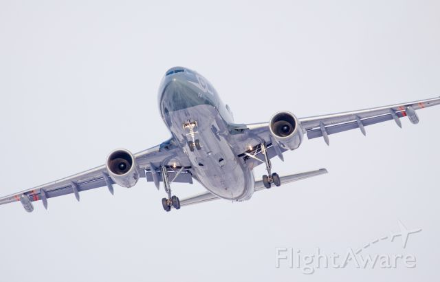 Airbus A310 (N15004) - Husky 04 doing some circuits at CFB Trenton on a cold winter day!