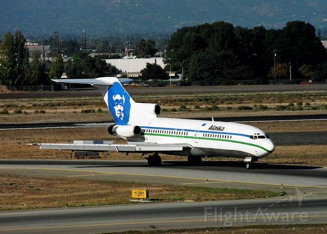 Boeing 727-100 (N7829A) - KSJC Alaska 727-100 rolling off 30L from Seattle.