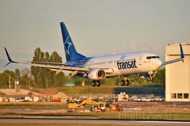 Boeing 737-800 (C-GTQG) - CYVR