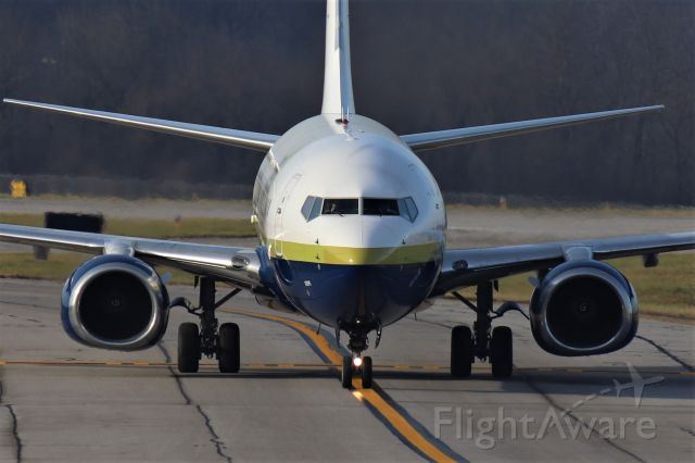 Boeing 737-800 (N732MA) - Miami Air 737-800 on taxiway Alpha at KLEX.
