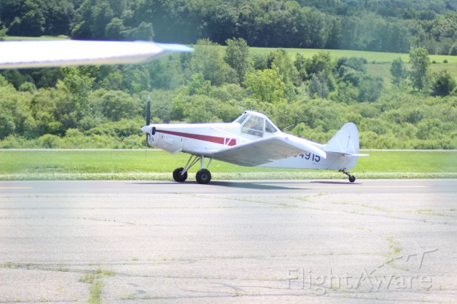 Piper Aztec (N54915) - Photo taken by Christopher Wright at Harriman-and-West Airport (North Adams, MA) KAQW