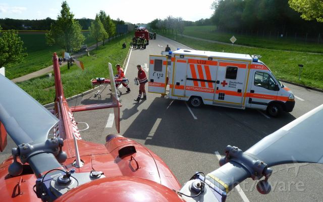 Eurocopter EC-635 (D-HYYY) - EC-H135 rescue helicopter country road accident (DRF)