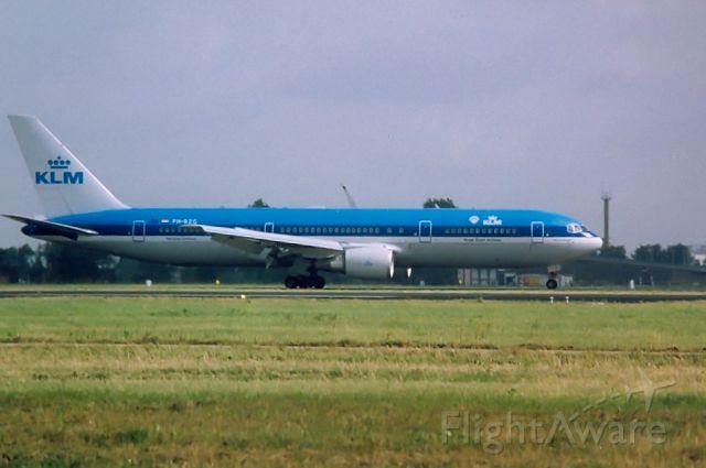 BOEING 767-300 (PH-BZG) - KLM B767-306ER cn27960; Archief 18aug99