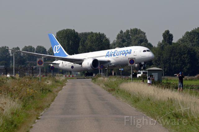 Boeing 787-8 (EC-MIH) - Polderbaan departure