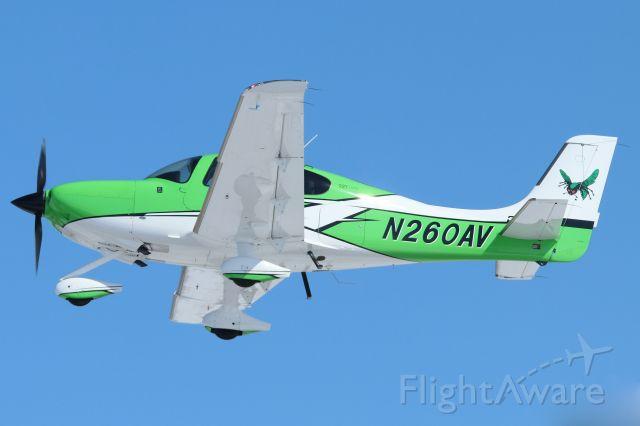 Cirrus SR-22 (N260AV)