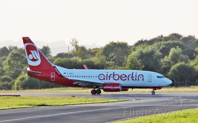 Boeing 737-700 (D-AHXJ) - air berlin b737-7k5 d-ahxj arriving in shannon this evening 12/8/17.
