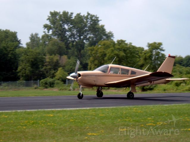 Piper Cherokee Arrow (N3779T)