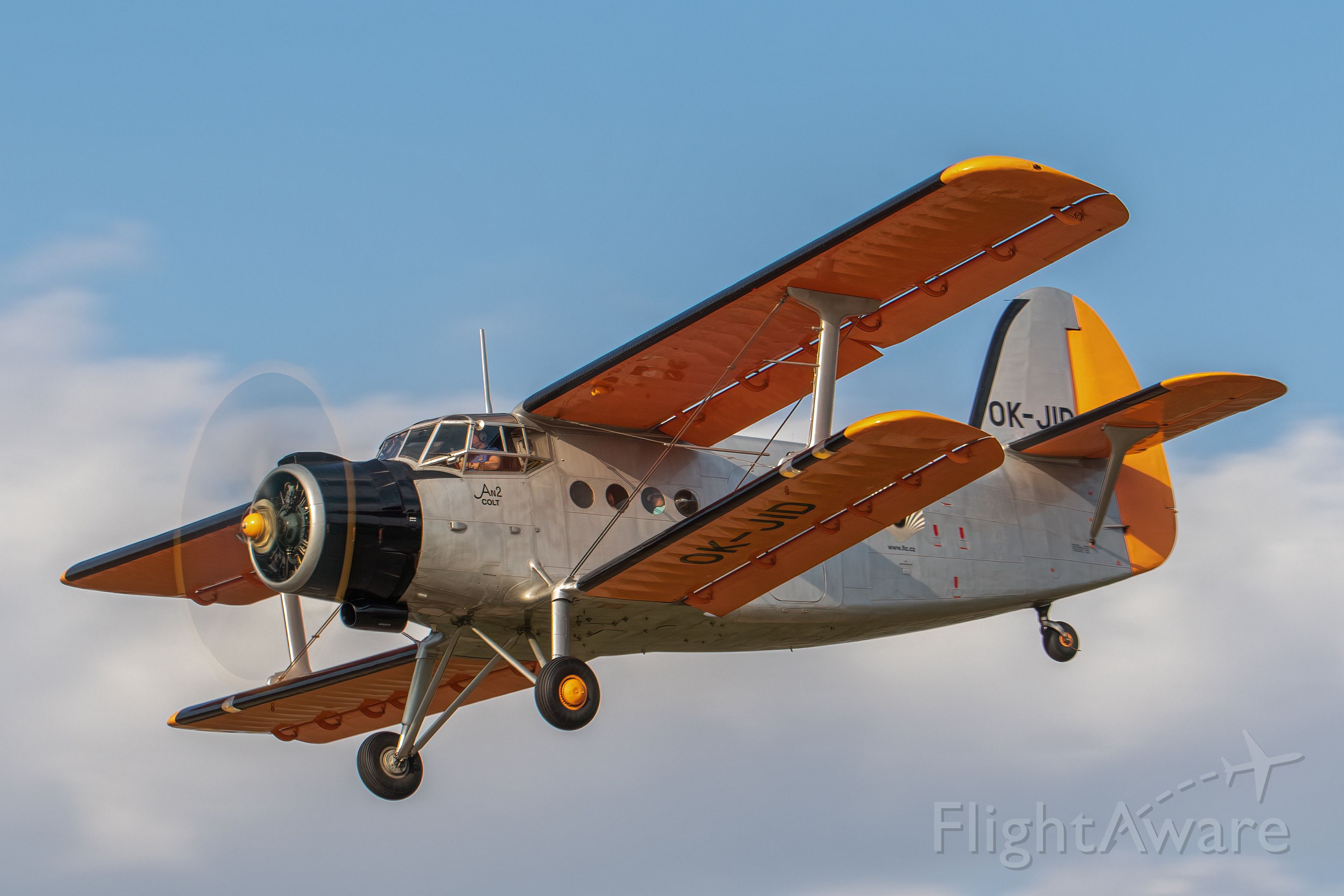 Antonov An-2 (OK-JID)