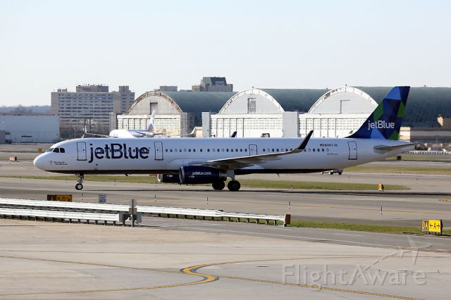 Airbus A321 (N907JB) - Arriving from TNCA as JBU958.  20 April 2014