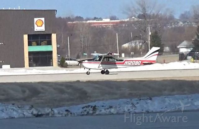 Cessna Skyhawk (N12090) - Just Landed 33 3/17/2019