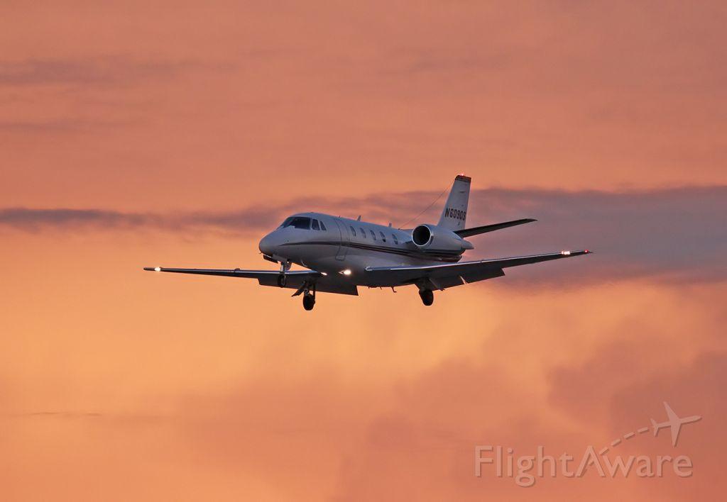 Cessna Citation Excel/XLS (N609QS)