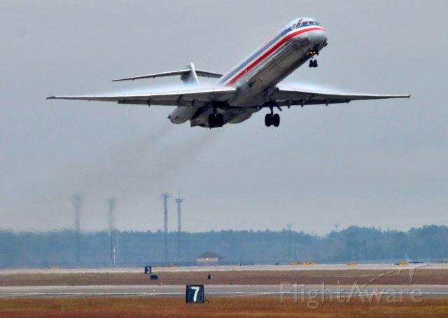 McDonnell Douglas MD-80 (N467AA)