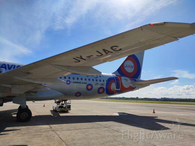 Airbus A320 (JY-JAC)