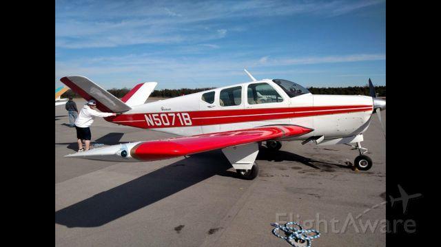Beechcraft 35 Bonanza (N5071B)