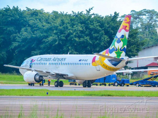 BOEING 737-300 (VP-CKZ)