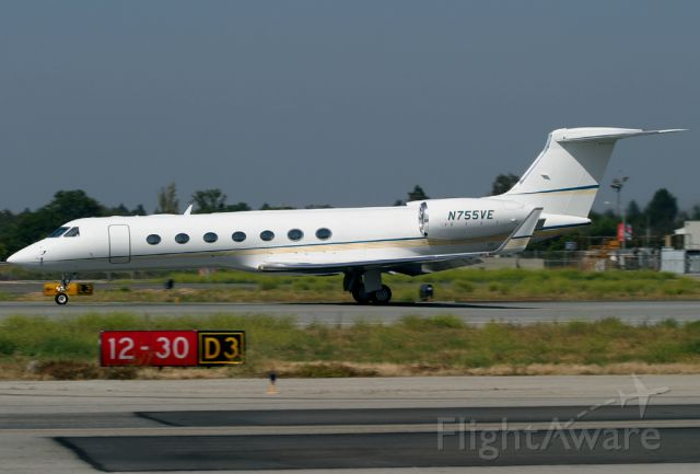 N755VE — - Rolls for takeoff on Rwy 30 at Long Beach.