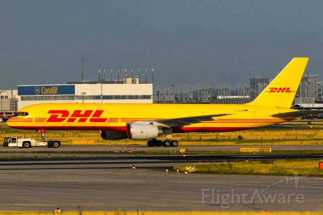 Boeing 757-200 (D-ALEE) - evening