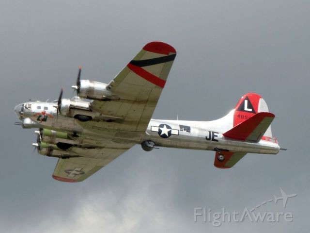 Boeing B-17 Flying Fortress (N3701G)