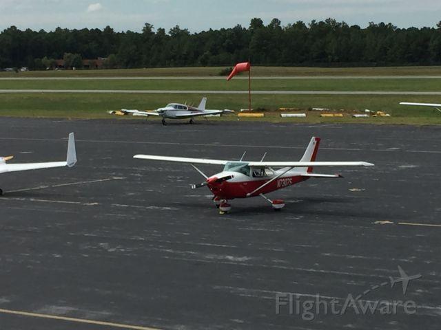 Cessna Skyhawk (N7307S)