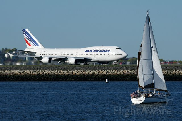 F-GEXA — - Air France 333 heavy taxiing to runway 4R for departure to Paris, France. Photo taken on  May1. 2011