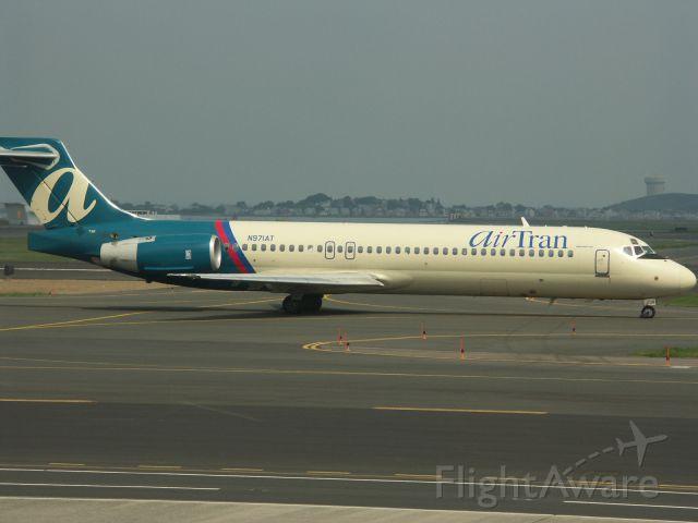 Boeing 717-200 (N971AT)