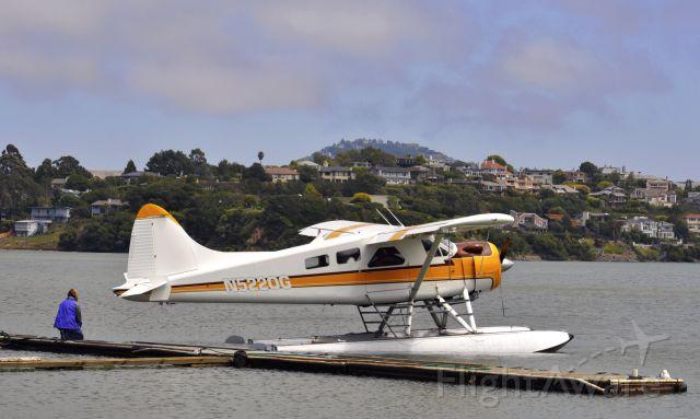 De Havilland Canada DHC-2 Mk1 Beaver (N5220G) - San Francisco Seaplane Tours Inc - Dehavilland BEAVER DHC-2 MK.1 N5220G in Sausalito