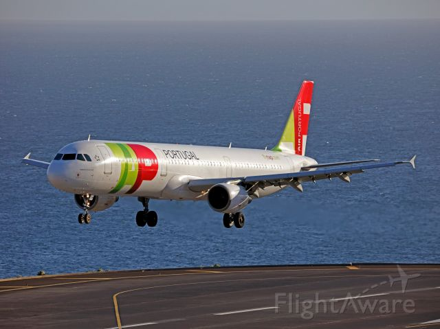 Airbus A321 (CS-TJH) - My trip to Madeira...
