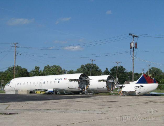 Canadair Regional Jet CRJ-100 (N816CA) - The end for two Commair RJ