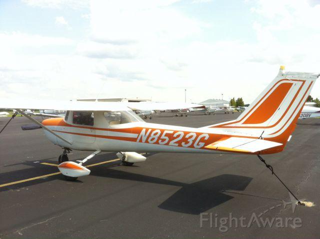 Cessna Commuter (N8523G)