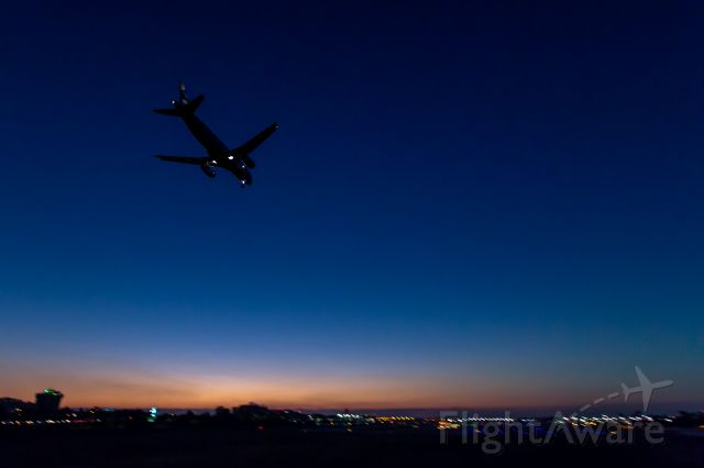 Airbus A320 — - On approach to KLGB