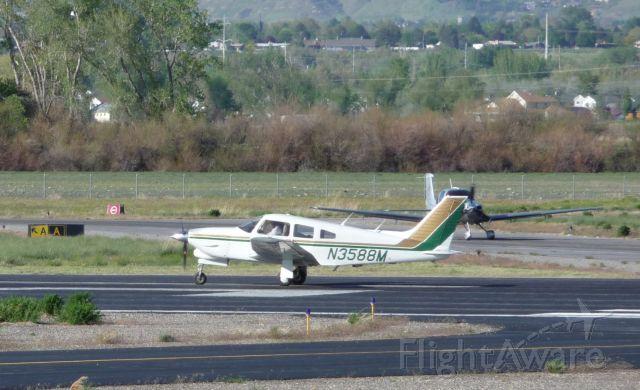 Piper Cherokee (N3588M) - N3588M Departing runway 31 May 17, 2008