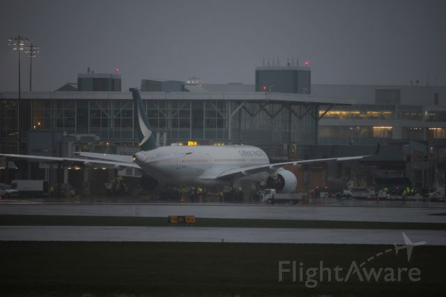 Airbus A350-900 (B-LRI) - Spotting by 26R/08L. The first scheduled Cathay Pacific A350 flight to Canada.