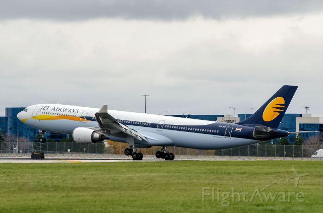 Airbus A330-300 (VT-JWR) - Jet Airways A333 VT-JWR touchdown.