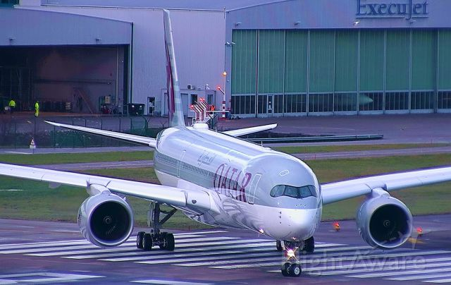 Airbus A350-900 (A7-ALY)