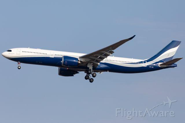 AIRBUS A-330-900 (CS-TKY)