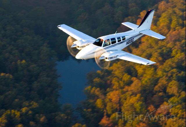 Beechcraft Baron (58) (N89G) - Flight over the Ozarks