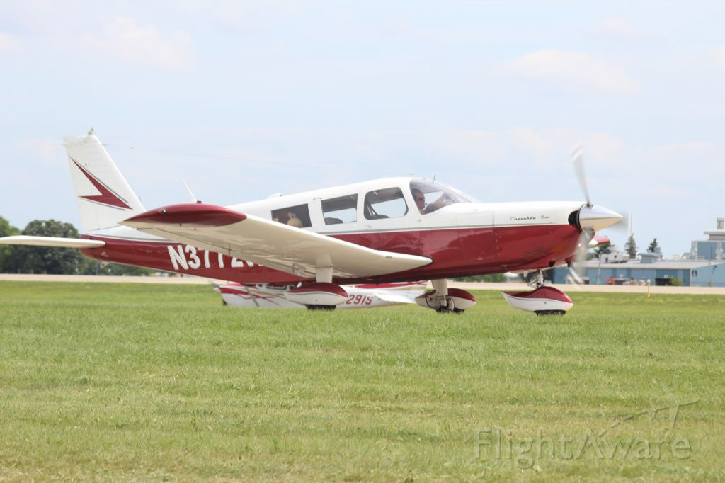 Piper Dakota / Pathfinder (N3772W) - note the monkey in the back seat
