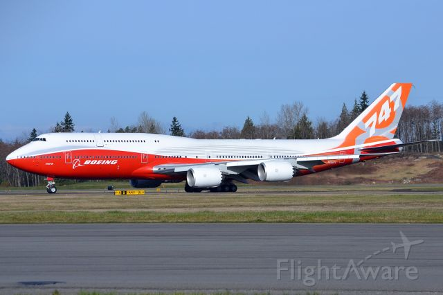 BOEING 747-8 (N6067E)