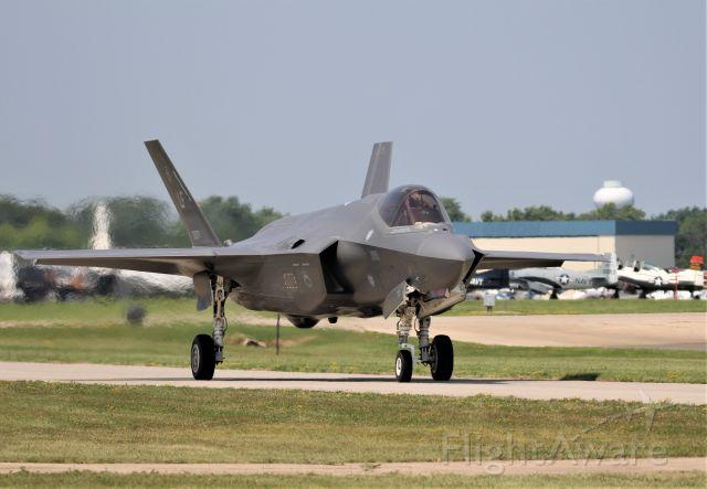 Lockheed F-35C — - EAA 2019