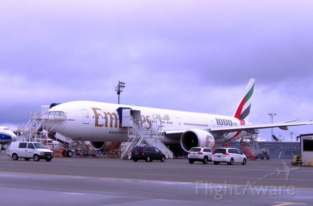 — — - 777-300ER line no. 1000 Emirates Airline no. 98 March 2012