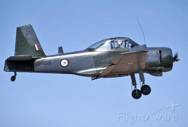 A85458 — - AUSTRALIA - AIR FORCE - COMMONWEALTH CA-25 WINJEEL - REG A85-458 (CN C25-58) - BROKEN HILL NSW. AUSTRALIA - YBHI (24/4/1983)