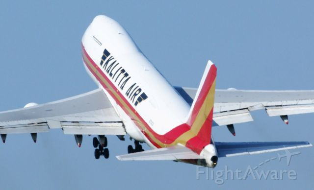 Boeing 747-200 (N701CK) - airborne