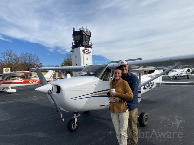 Cessna Skyhawk (N246SP) - Doug and Cole in Athens Georgia