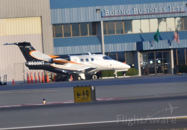Embraer Phenom 100 (N600HT)