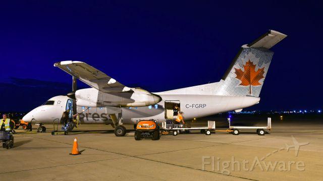 de Havilland Dash 8-100 (C-FGRP) - Air Canada Express De Havilland Canada DHC-8-102 Dash 8 C-FGRP in Windsor, ON