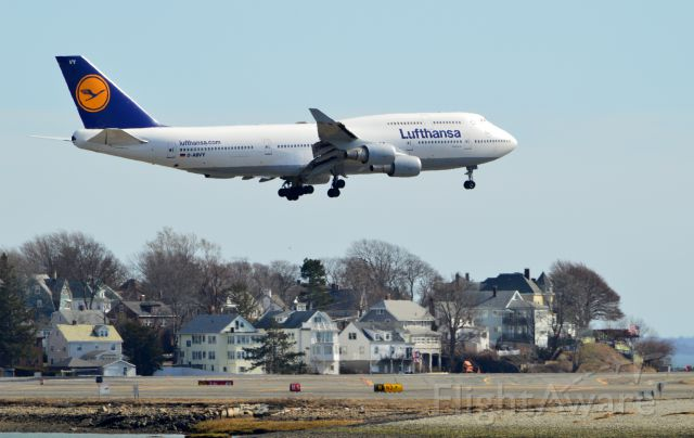 Boeing 747-400 (D-ABVY) - LH422 over Runway 22L at Boston Logan
