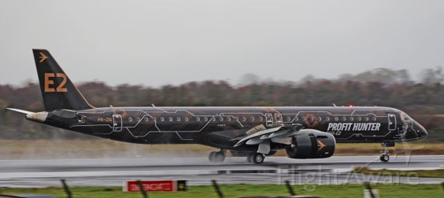 Embraer ERJ-190 (PR-ZIQ) - profit hunter erj-195-e2 pr-ziq landing at shannon for demonstration tours 6/11/19.